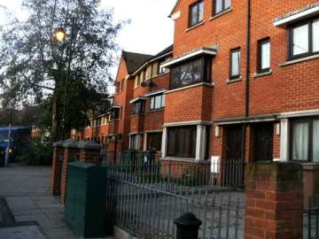 Houses on Cathall Rd