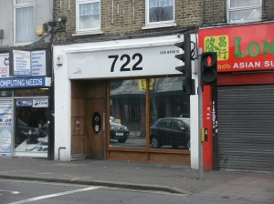 722 clinic in Leytonstone High Road